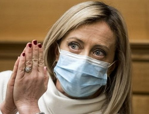 """Giorgia Meloni: """"Voto da irresponsabili? Giuseppe Conte, Zingaretti e Renzi hanno bloccato il Paese con le loro liti"""""""