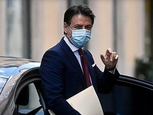"""Il sospetto di Giuseppe Conte """"Hanno un accordo""""  ora si pente: se non avessi lasciato… E pensa al partito"""