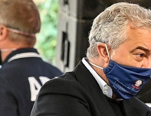 "Commissario Arcuri, intercettazioni-choc sull'inchiesta-mascherine: ""A occhi chiusi te se compra…"""