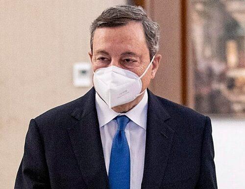 ll Premier Draghi striglia le Regioni: basta furbetti del vaccino