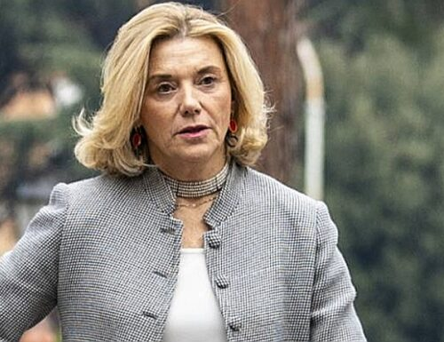 Lady servizi segreti? Indiscreto a Palazzo: scontro durissimo tra Giuseppe Conte e Mario Draghi. E Di Maio…