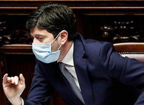 """""""Tutta Italia gialla"""". Roberto Speranza e catastrofisti si arrendono ai dati: svolta in cabina di regia"""