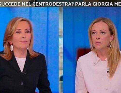"""""""Perché non uscirei dall'Europa"""". Giorgia Meloni spiazza la Palombelli. La frase su Letta"""