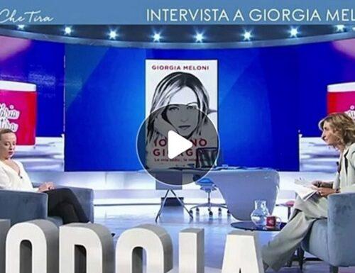 Comunali, sorpresa: ora Letta è contro i magistrati in politica. Giorgia Meloni: «Ed Emiliano e gli altri?»