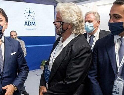 Grillo difende la Cina e attacca il G7, Luigi Di Maio va in tilt e Giuseppe Conte glissa. È il naufragio dei 5Stelle