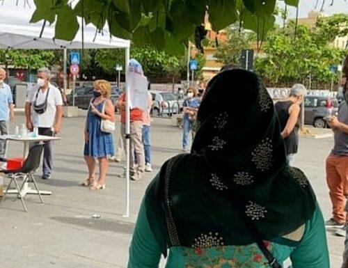 Alle primarie dem votano gli stranieri: scoppia la bufera
