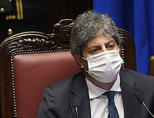 "Zan, la bomba di Roberto Fico: ""Nessuna ingerenza"""