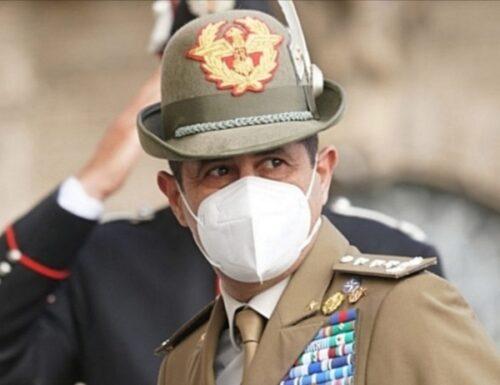 Il generale Figliuolo mette in vendita le finte mascherine di Arcuri