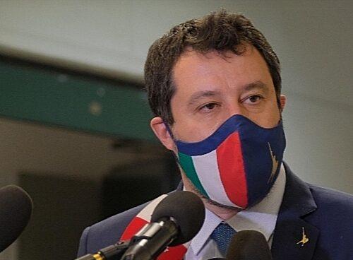 """Gregoretti, Salvini innocente: spunta la lista dei senatori """"colpevoli"""" e """"spariti"""", un caso politico"""