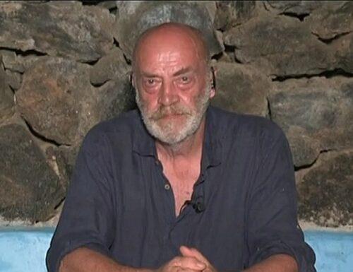 """""""In Italia entra chiunque"""" Tony Capuozzo bastona e scatena i bodyguard della Lamorgese"""