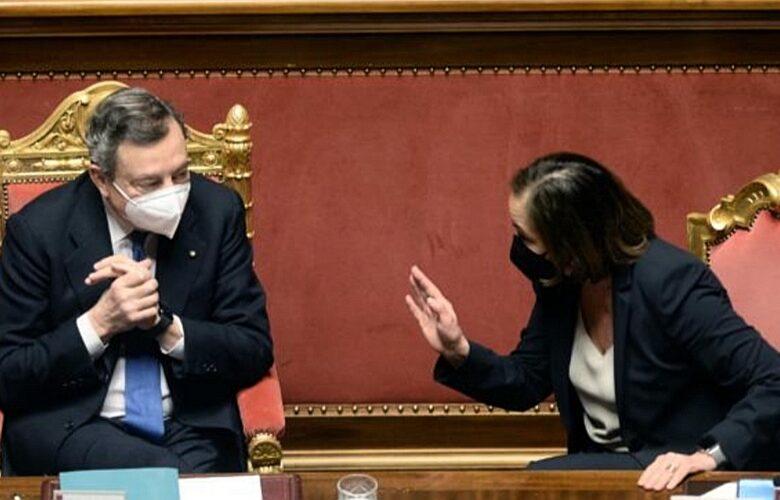 Mario Draghi non sa contare, l'errore clamoroso sugli sbarchi per difendere la Lamorgese