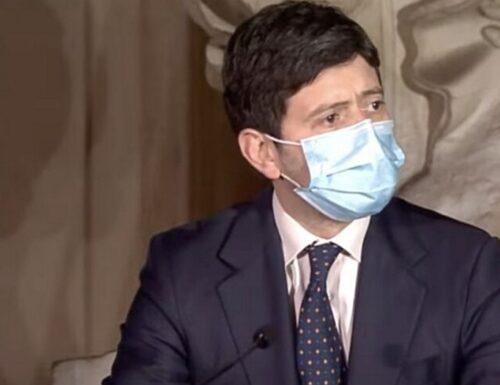 """""""Costretti a richiudere"""". Il Ministro Speranza torna a spargere terrore: lockdown, l'ultima minaccia agli italiani"""