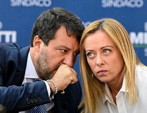"""Un voto di libertà. La sinistra vuole vincere """"sporco"""": è l'occasione per mandarla a casa. Morisi e Fidanza, scandali a orologeria per fermare Salvini e Meloni."""